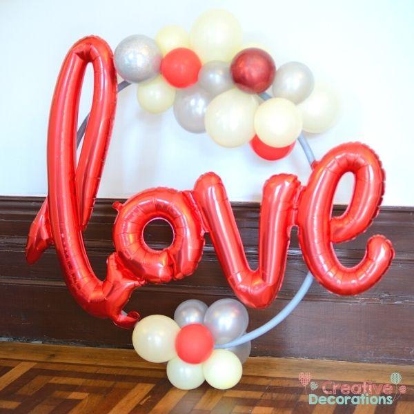 Love - Small balloon Hoop design